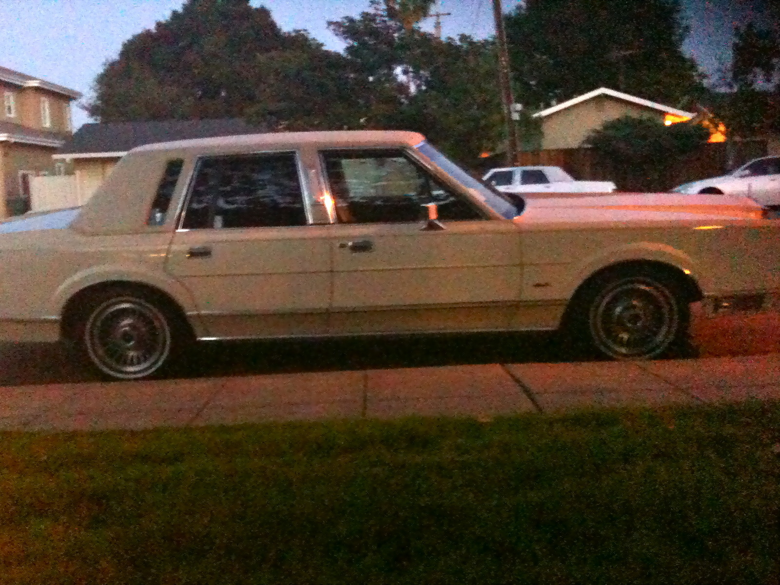 1989+lincoln+town+car+for+sale