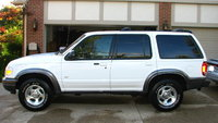 Picture of 2000 Ford Explorer XLT 4WD, exterior