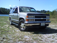 1998 Chevrolet Tahoe 4 Dr LS 4WD SUV picture, exterior