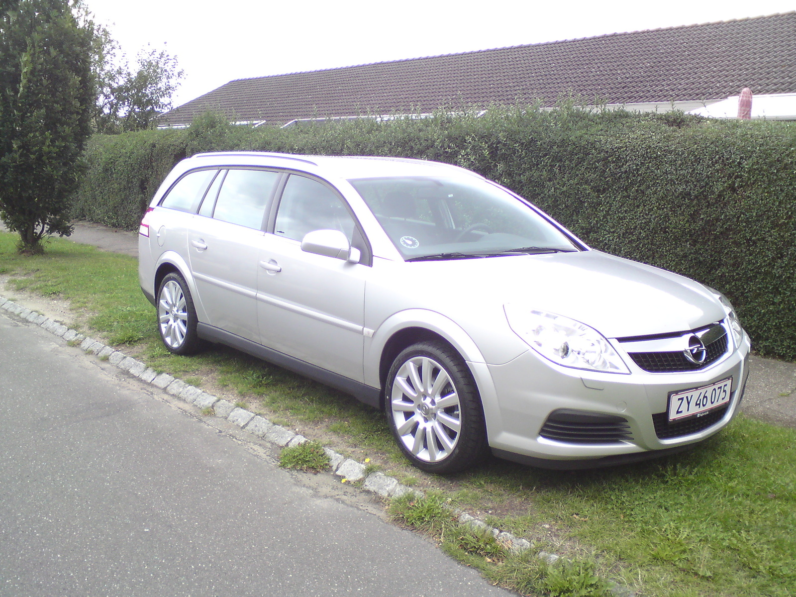 2008 Opel Vectra picture, exterior