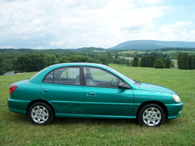 Picture of 2002 Kia Rio