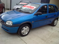 2000 Holden Barina Overview