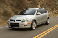 2010 Hyundai Elantra Touring, Front Right Quarter View, exterior, manufacturer, gallery_worthy