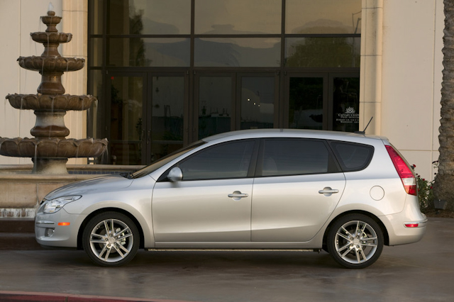 2010 Hyundai Elantra Touring, Left Side View, manufacturer, exterior
