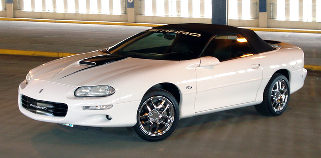 2000 chevrolet camaro - pictures