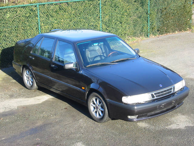 Picture of 1990 Saab 9000