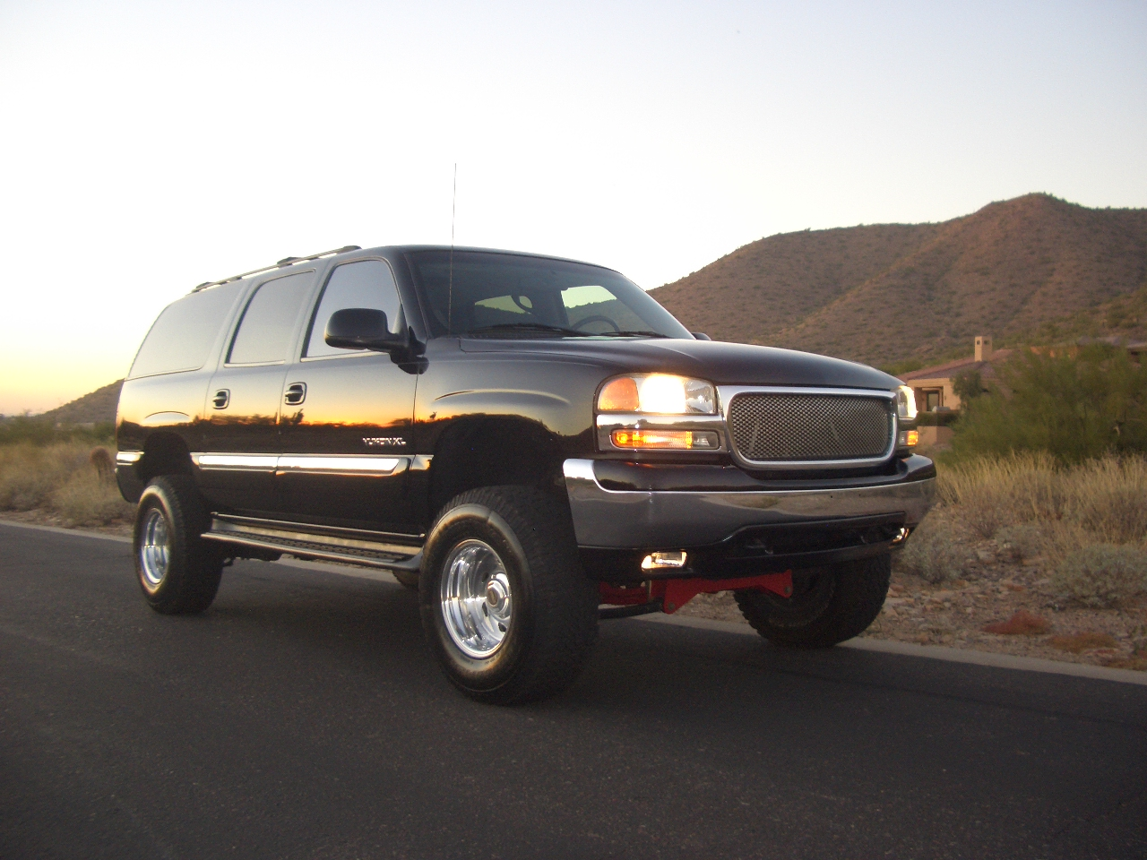 2000 GMC Yukon XL 4 Dr 1500 SLT 4WD SUV picture, exterior