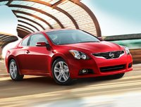 2010 Nissan Altima Coupe Picture Gallery