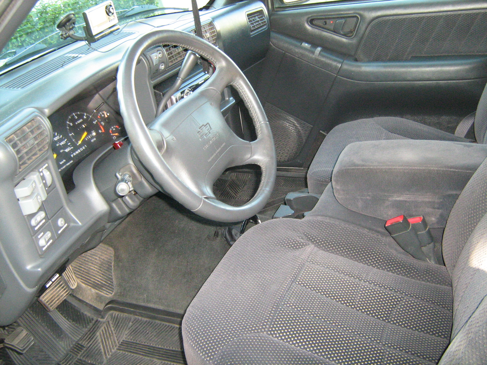 2002 Chevy Blazer Interior Parts