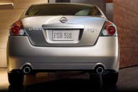 2010 Nissan Altima, back view , exterior, manufacturer, gallery_worthy