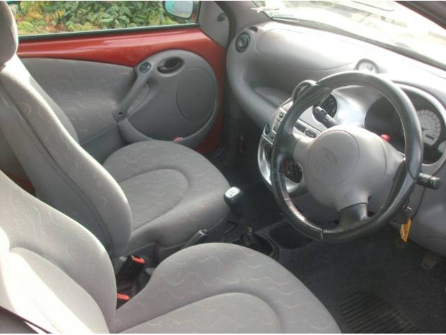 2000 ford ka interior pictures cargurus. Black Bedroom Furniture Sets. Home Design Ideas