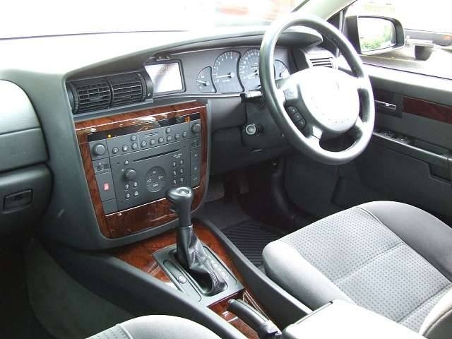 Picture of 2002 Vauxhall Omega, interior
