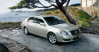 2010 Toyota Avalon Picture Gallery