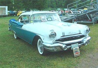1956 Pontiac Star Chief Overview