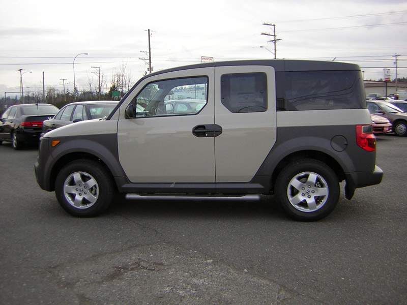 2003 honda element prices specs reviews motor trend for Honda element dimensions