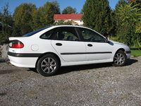 1997 Renault Laguna Overview