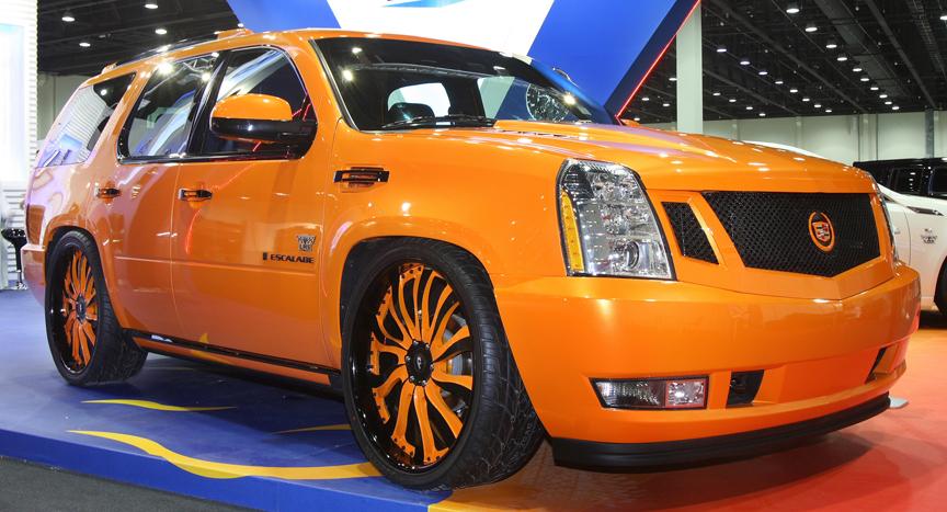 2010 Cadillac Escalade ESV Premium AWD picture, exterior