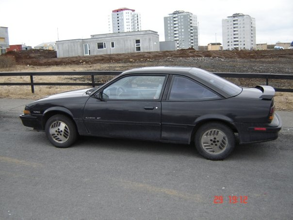 1990 Pontiac Sunbird 2 Dr GT Turbo Coupe picture