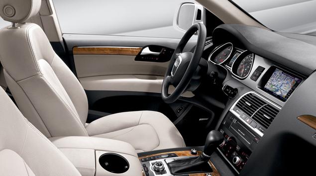 2010 Audi Q7 Interior. 2010 Audi Q7, Interior View,