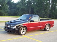 Picture of 2001 Chevrolet S-10 2 Dr LS Standard Cab SB, exterior, gallery_worthy