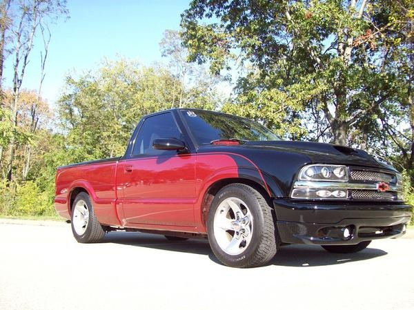 Picture of 2001 Chevrolet S-10 2 Dr LS Standard Cab SB