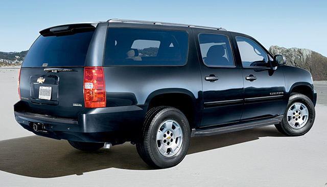 2010 Chevrolet Suburban, Back Right Quarter View, exterior, manufacturer, gallery_worthy