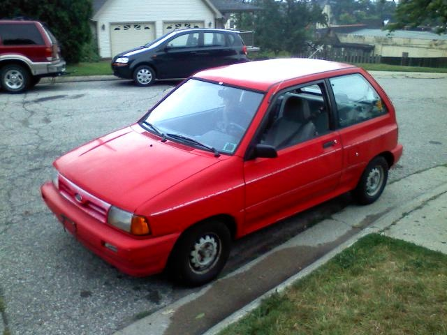 Picture of 1991 Ford Festiva