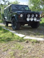 2000 Land Rover Defender Overview