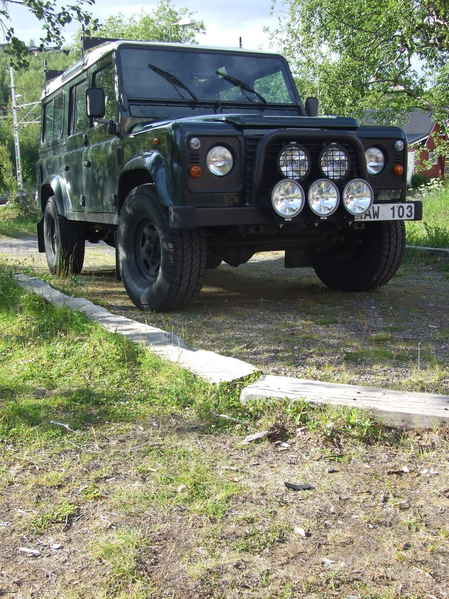 2000 Land Rover Defender picture