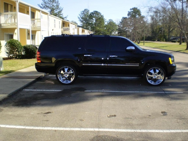 Picture of 2010 Chevrolet Suburban 1500 LTZ 4WD, exterior, gallery_worthy