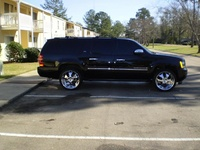 Picture of 2010 Chevrolet Suburban LTZ 1500 4WD, exterior
