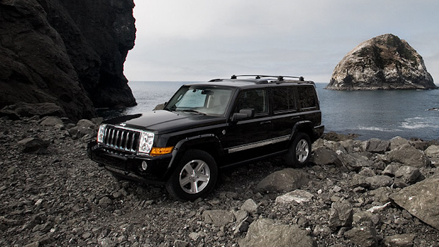 2010 Jeep Commander, Front Left Quarter View, exterior, manufacturer