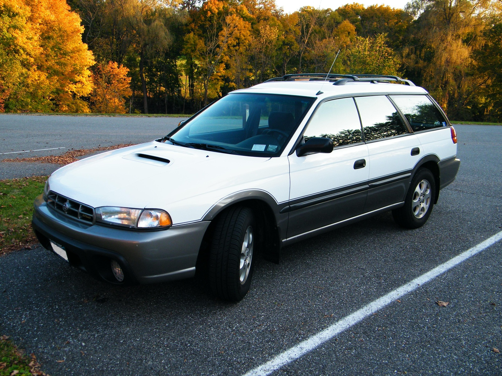picture of 1999 subaru legacy 4 dr outback awd wagon exterior. Black Bedroom Furniture Sets. Home Design Ideas