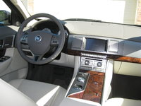 Picture of 2010 Jaguar XF Premium, interior, gallery_worthy