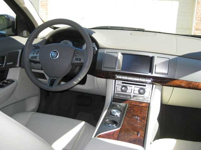 Awesome Picture Of 2010 Jaguar XF Premium, Interior, Gallery_worthy