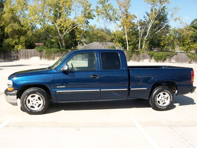 picture of 2000 chevrolet silverado 1500 ls ext cab short bed 2wd. Cars Review. Best American Auto & Cars Review