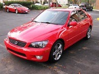 2002 Lexus IS 300 Overview