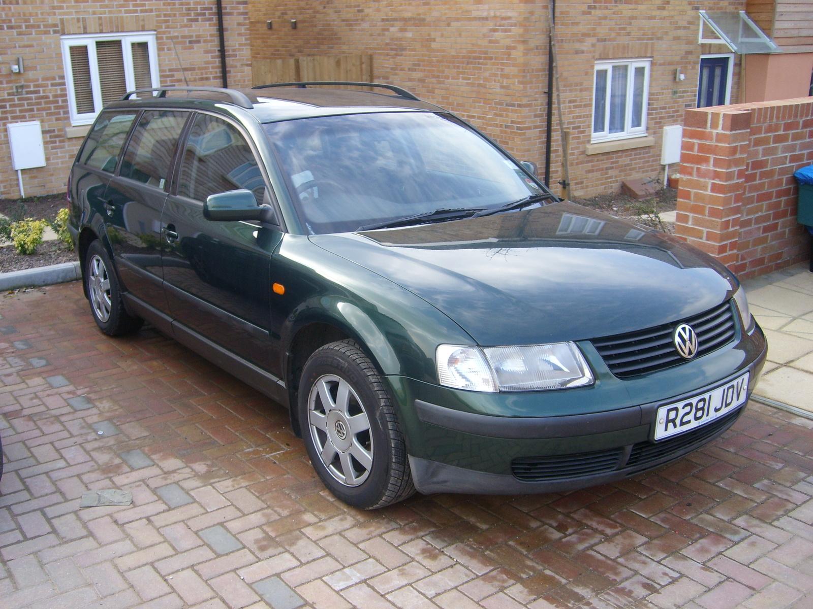 Bfeq Hxll Sy Ql likewise Volkswagen Passat Sedan Glx V Rq Oem besides Passatawd further  as well . on 2001 vw passat wagon glx