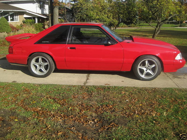 Picture of 1989 Ford Mustang