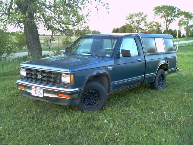 Picture of 1990 Chevrolet S-10 EL Standard Cab SB