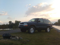 2002 Chevrolet Blazer 2 Dr LS 4WD SUV picture, exterior