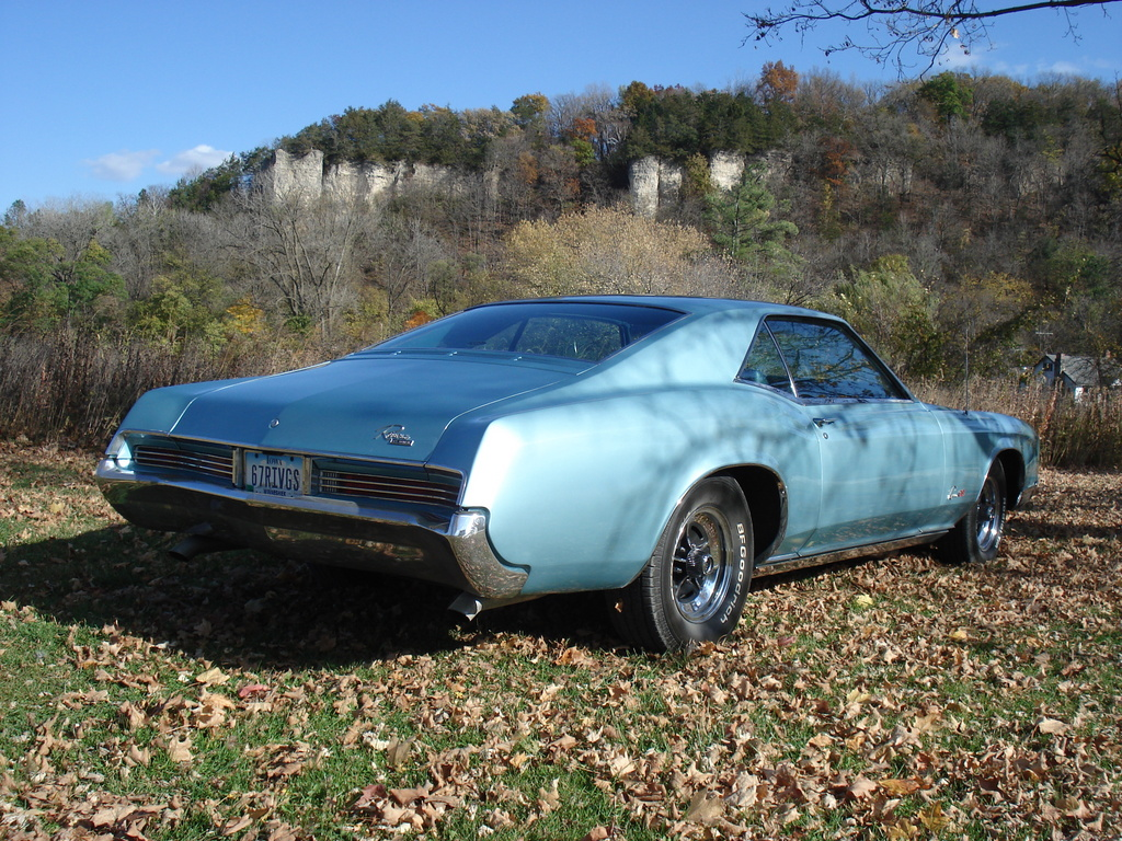 I found another Caddy for Bill C. to replace the Cadirat with yesterday... 1966_buick_riviera-pic-3176849298879233637