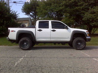 2007 Chevrolet Colorado LT2 Crew Cab 4WD, 3in body lift, exterior