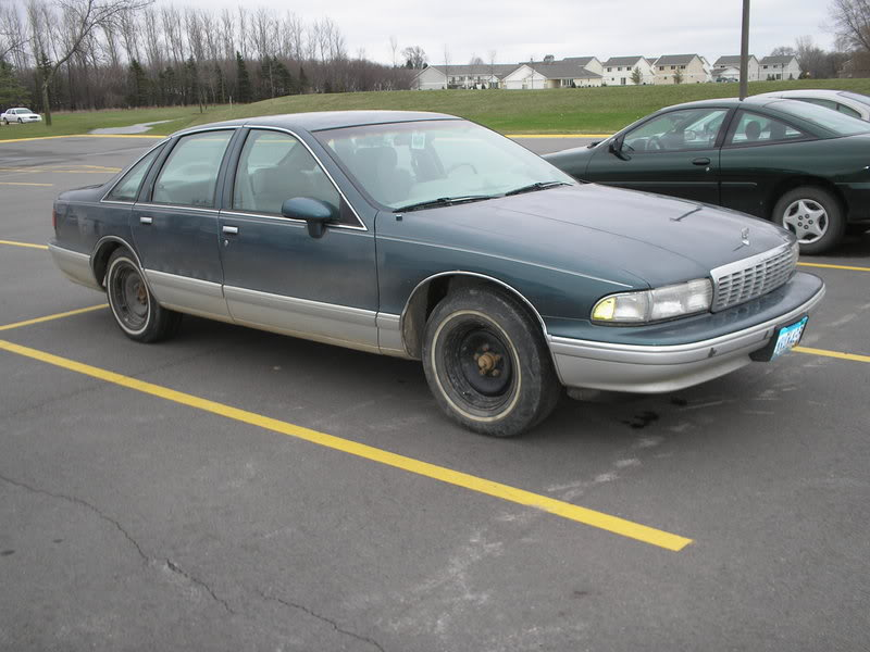 1993 Chevrolet Caprice 4 Dr STD Sedan picture