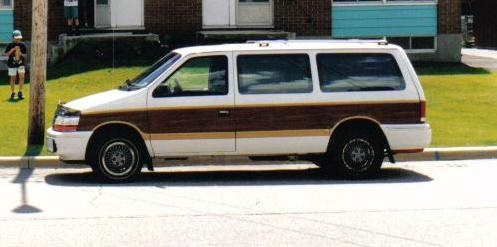 Picture of 1990 Plymouth Grand Voyager 3 Dr LE Passenger Van Extended