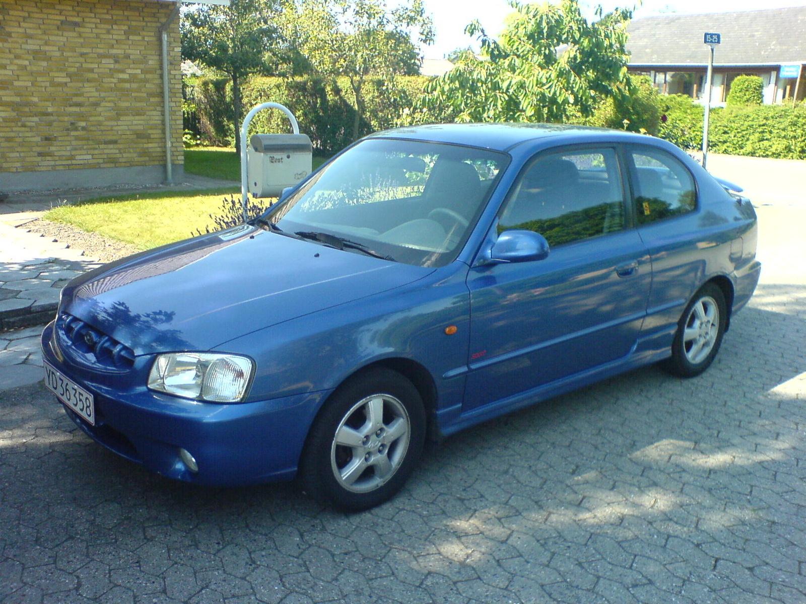 2001 Hyundai Elantra Overview Cargurus Autos Post