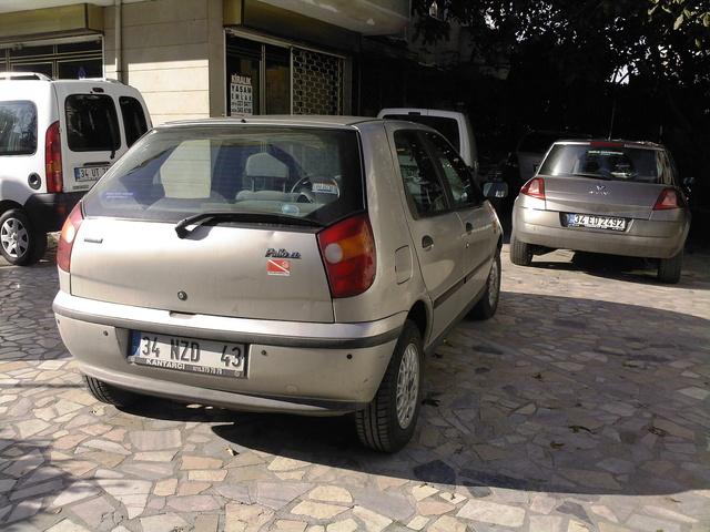 Picture of 2002 Fiat Palio
