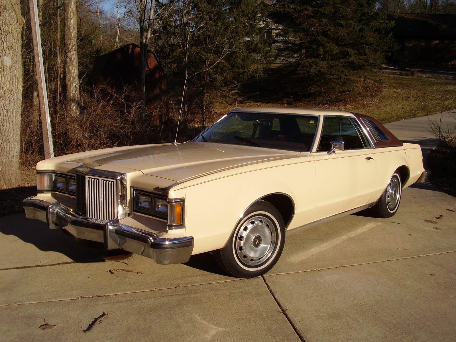 1979 Mercury Cougar Pictures C8686 pi35731706 together with 1991 Ford L8000 Wiring Diagram besides 1990 93 Honda Accord as well 1997 Mercury Grand Marquis Pictures C2794 pi36553358 additionally File '98 '99 Mercury Sable DOHC 24V Sedan. on 1993 mercury sable