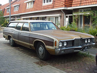 1972 Ford Country Squire Overview
