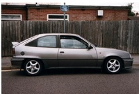 1990 Vauxhall Astra Overview